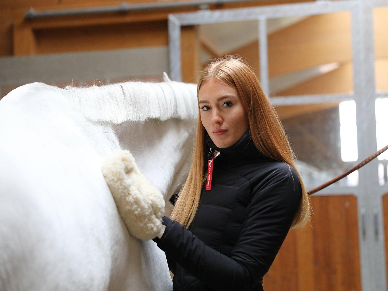 Tierärztin klärt auf: So machst Du dein Pferd garantiert fit für kalte Tage!